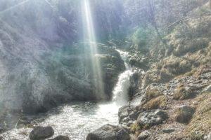 Toller Wasserfall nach der ersten Steigung.