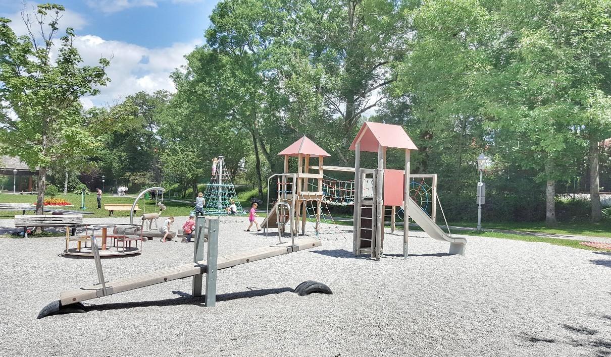 Klettergerüst Ziegen : Tegernsee mit kindern: sommerrodelbahn am oedberg & strandbad