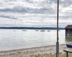 Tolle Blick im Strandbad am Ammersee.