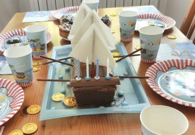 Ganz easy, der Piratenschiff-Kuchen