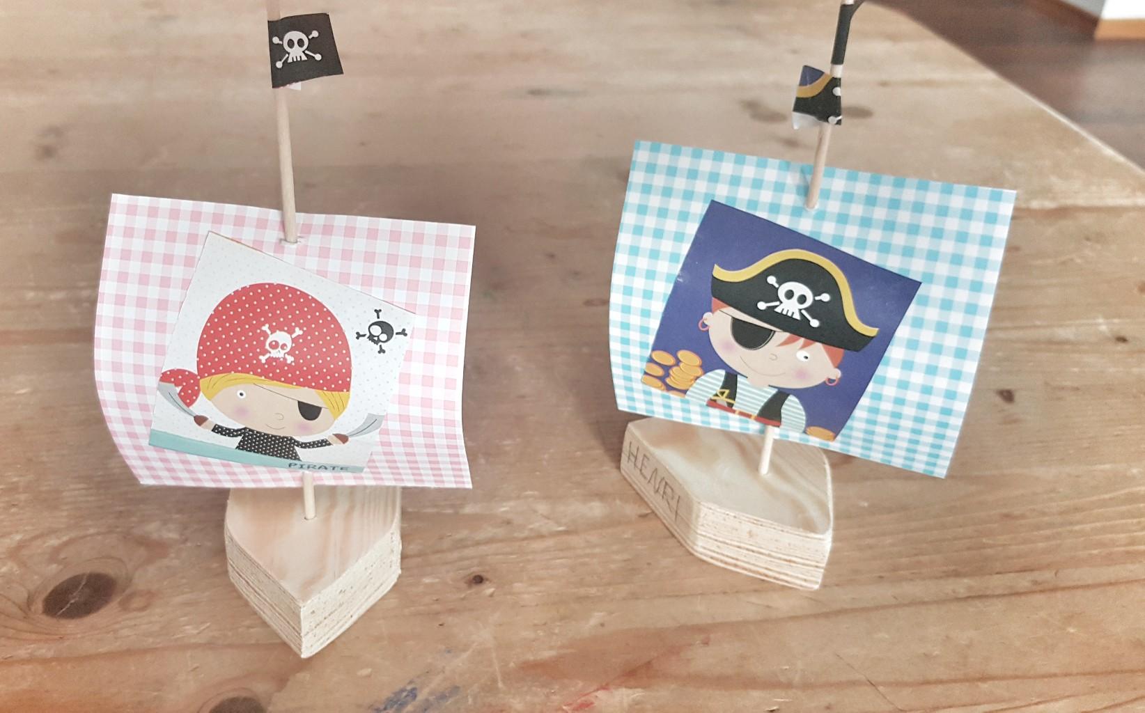 Ganz easy piratenschiff kuchen deko und spiele f r eine piratenparty - Piraten deko basteln ...