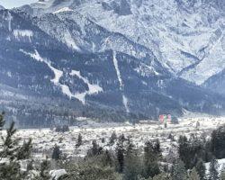 Blick auf die Skipisten in Garmisch.