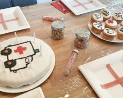 krankenhausparty-dekoration-medizin-reagenzglas
